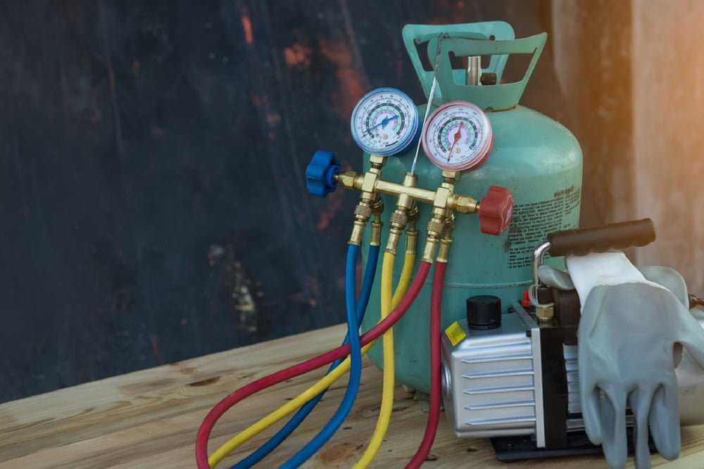 Châm gas đảm bảo độ lạnh sâu cho máy