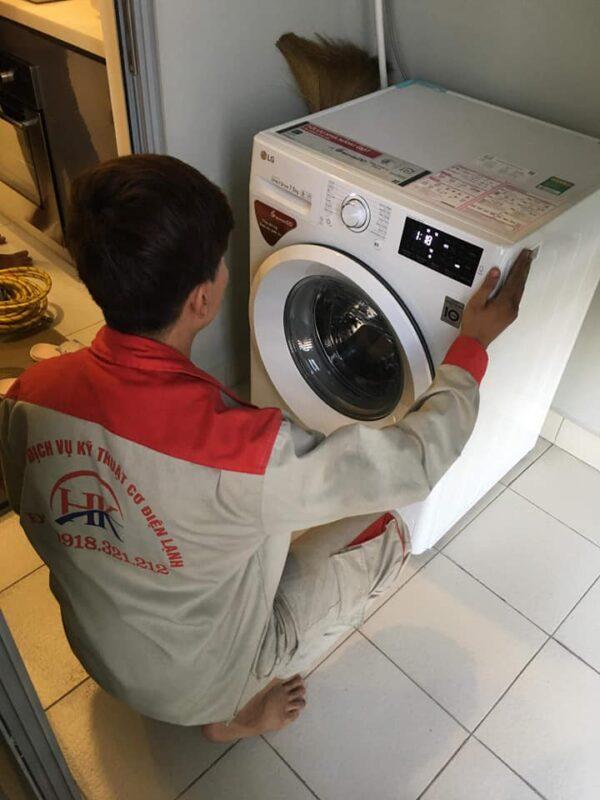 Dịch vụ sửa máy giặt tại nhà của Điện Lạnh HK