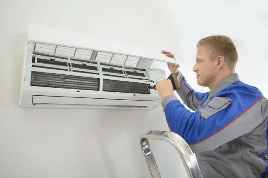 Nhân viên kỹ thuật vệ sinh  máy lạnh quận 12 giàu kinh nghiệm thực tế