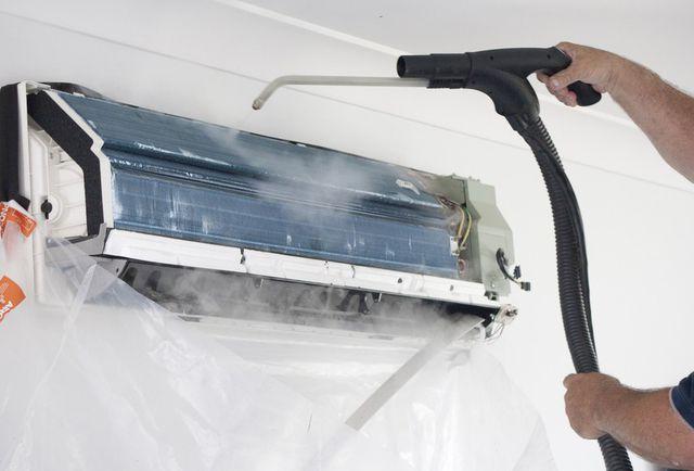 Điện Lạnh HK làm vệ sinh máy lạnh khu vực Gò Vấp với một quy trình khoa học hiệu quả cao