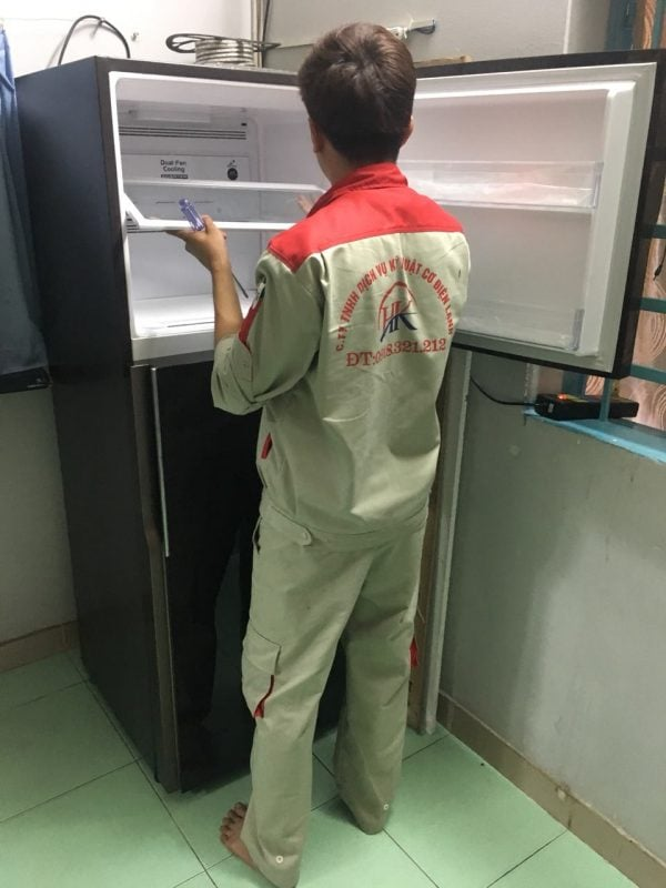 Dịch vụ sửa tủ lạnh, thay thế linh kiện tại nhà Điện Lạnh HK