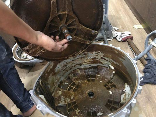 Máy giặt bẩn nếu không vệ sinh sẽ dẫn đến các bệnh ngoài da cho cơ thể