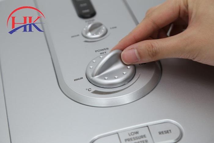 sửa chữa máy nước nóng